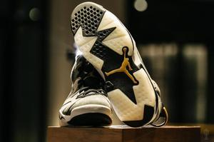 AIR_JORDAN_6_TROPHY_ROOM_1_OF_1_TOE.jpg