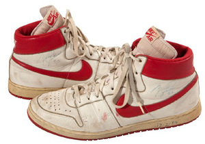 MJ_GAME_WORN_AIR_SHIP.jpg