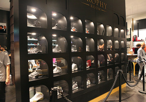 TROPHY_ROOM_STORE_AJ_WALL_3.jpg