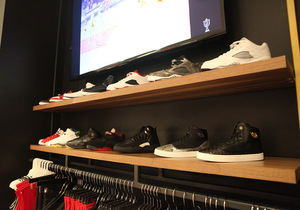 TROPHY_ROOM_STORE_DISPLAY_3.jpg